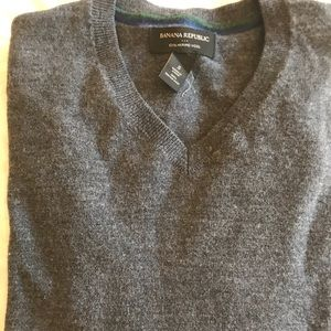 Vneck wool sweater by Banana Republic
